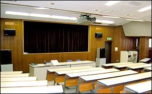 視聴覚教室