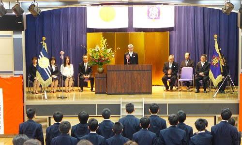 中学校入学式の様子